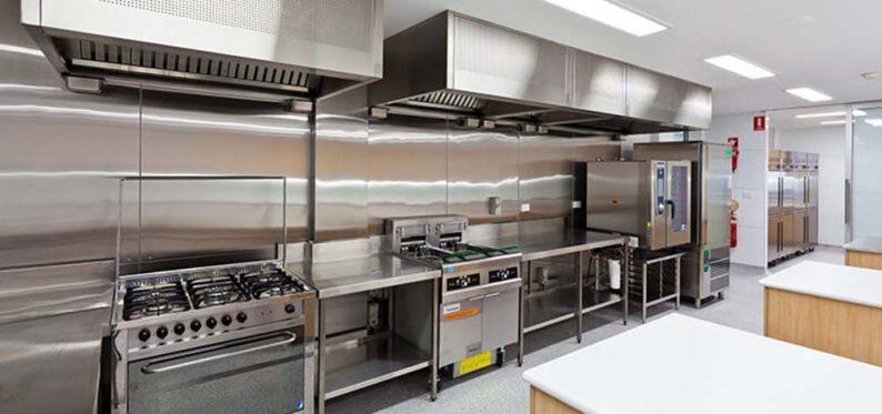 Endüstriyel Mutfak Ekipmanları – Sanayi Tipi Makinalar