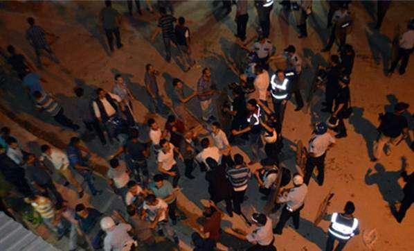 Bursa'da Terörü Protesto Eden Grup HDP'liler Kavga Etti