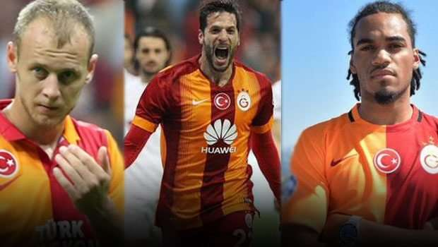 Galatasaray'da stoper Belirsizliği Sürüyor